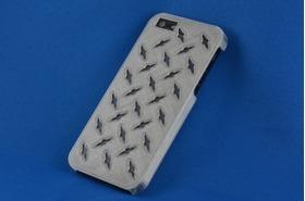 Iphone 5手机壳—钢丝镂花造型